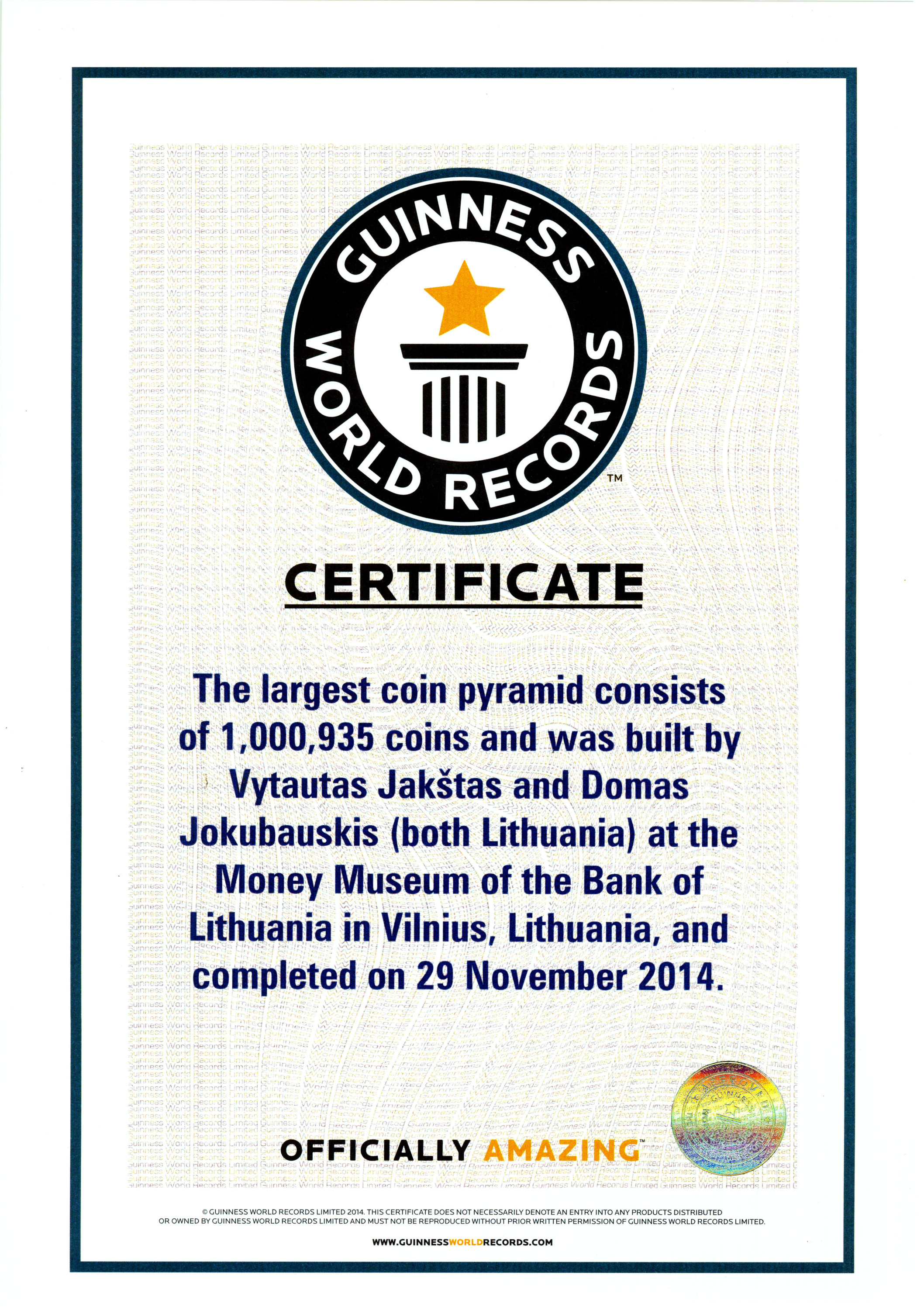"""""""Guinness World Records"""" sertifikatas """"Largest coin pyramid"""""""